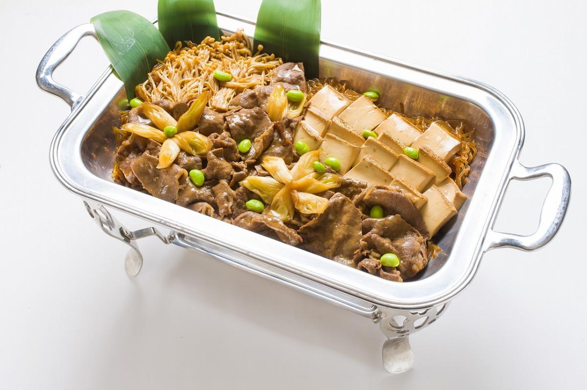 和牛すき焼き(温) とろけるA5ランク和牛を使用した贅沢な一品「和牛すき焼き(温)」