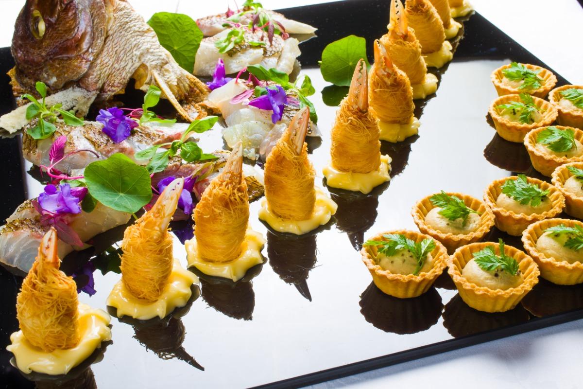 季節のオードブル盛合わせ 旬の食材にオリジナリティを込め、シェフが細やかに作り上げます。