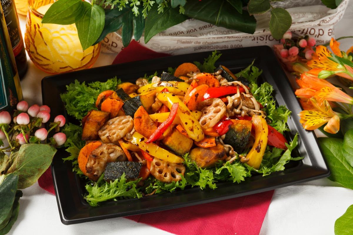 季節野菜のグリル~バルサミコとオリーブオイル~ 旬の恵みをたっぷり楽しめる一品。
