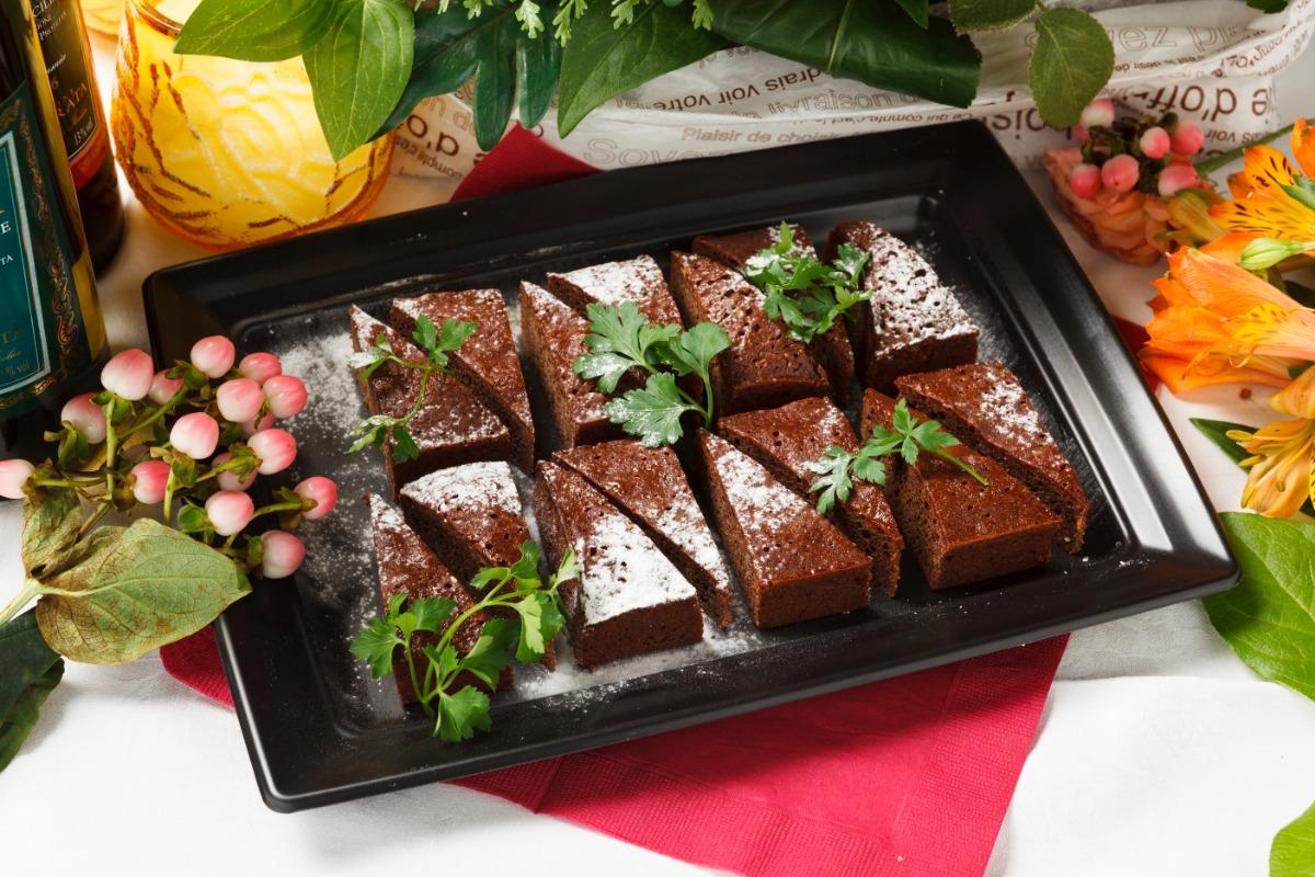 プティアソートケーキ お食事の最後は程よい甘さの大人味のスイーツで。